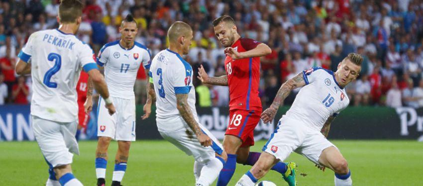 Inglaterra - Eslovaquia   Foto: @England