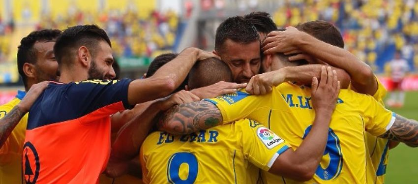 La UD Las Palmas celebra la victoria ante el Granada. Foto: Instagram.