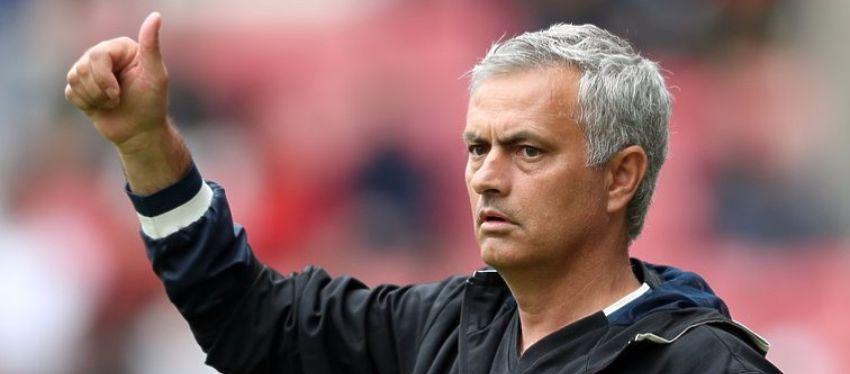 Mourinho es también 'The Special One' para el presidente de la FIFA. Foto: Twitter.
