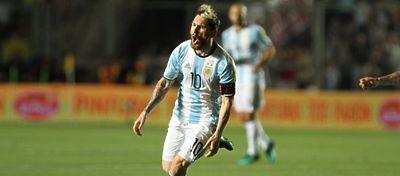Messi volvió a lo grande y lideró a Argentina ante Colombia. Foto: Twitter.