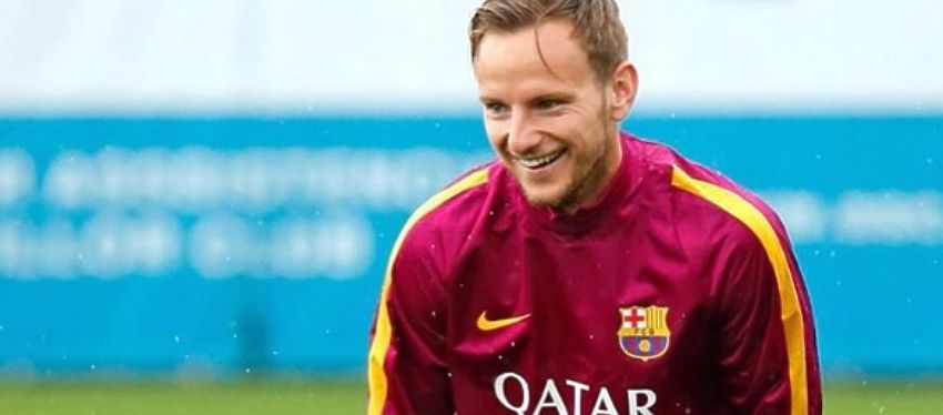 Rakitic sonríe en un entrenamiento con el FC Barcelona. Foto: Instagram.