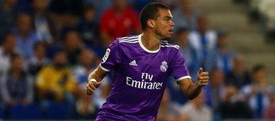 Pepe podría estar viviendo sus últimos momentos en el Real Madrid. Foto: Mundo Deportivo.