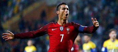 Cristiano Ronaldo celebra su gol ante Islas Feroe. Foto: @foxdeportes.