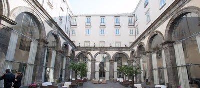 El Palazzo Caracciolo, el hotel donde se hospedará el Madrid en Nápoles. Foto: Oyster.