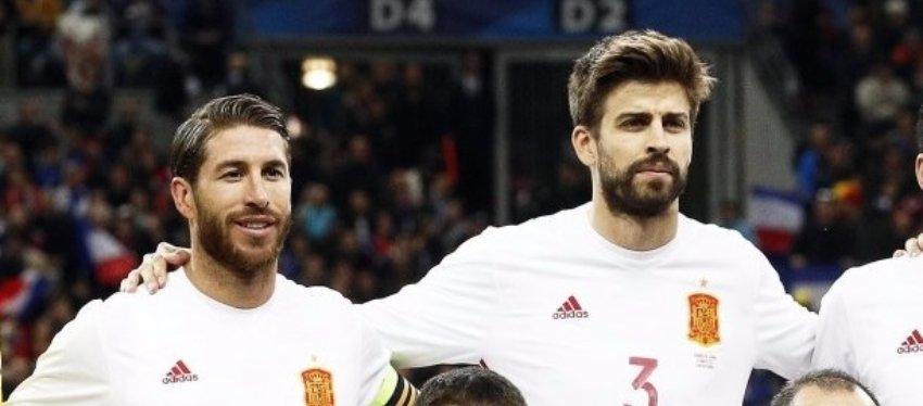Sergio Ramos y Gerard Piqué volvieron a tener sus más y sus menos a través de los micrófonos. Foto: Twitter.