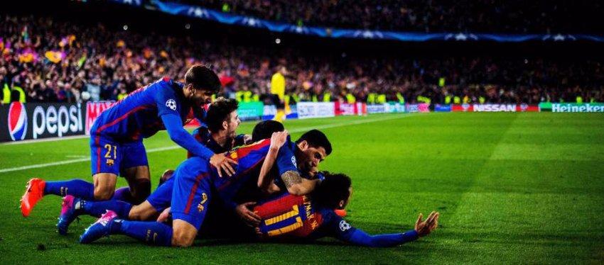 El Barça quiere agarrarse a otra noche mágica en el Camp Nou. Foto: El País.