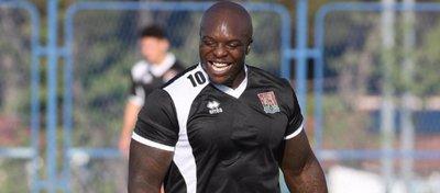 Adebayo Akinfenwa, 'La Bestia' del fútbol inglés