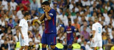Luis Suárez no tuvo su mejor día sobre el césped. Foto: Twitter.