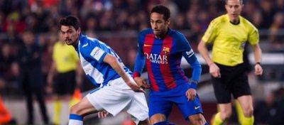 El Barça sufre para agarrarse ala Liga