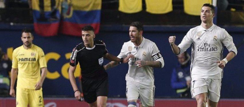 Villarreal y Real Madrid tuvieron motivos para la queja en el duelo que cerraba la jornada. Foto: Antena 3.