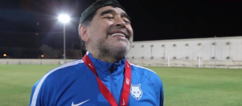 La reacción de Maradona cuando le preguntan por Cristiano. Foto: As TV.