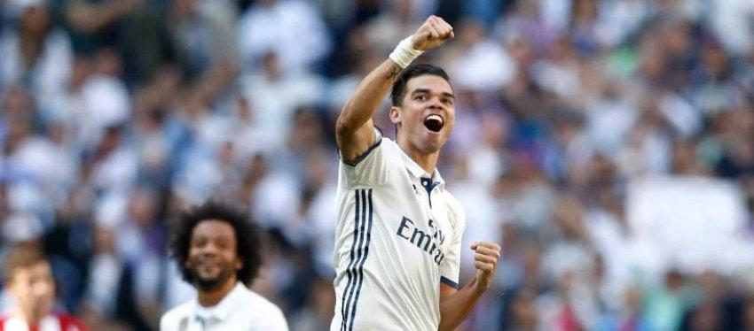 Pepe dice adiós a 10 temporadas como jugador del Madrid. Foto: ElBernabeu.