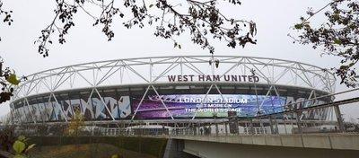 El aficionado del United perdió la vida en el Estadio Olímpico de Londres. Foto: Twitter.
