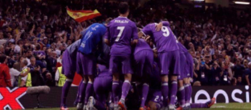 Foto: Los jugadores del Madrid celebran un gol