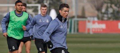 Cristiano Ronaldo durante el entrenamiento de hoy
