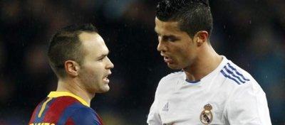 Cristiano Ronaldo ha sido uno de los pocos jugadores que logró sacar de quicio a Iniesta. Foto: Ecodiario.