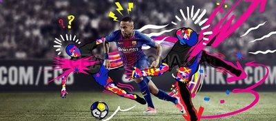 Neymar posa con la camiseta del Barça de esta temporada poco antes de irse al PSG. Foto: Twitter.