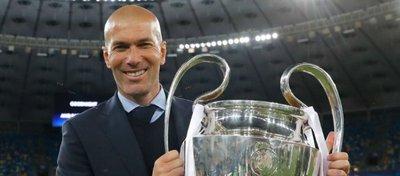 Zidane, historia desde hoy en el banquillo del Real Madrid. Foto: Twitter.