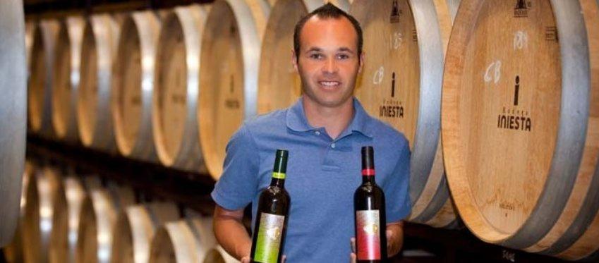 ¿Triunfarán los vinos de Iniesta lo mismo que su fútbol?