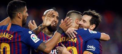 Messi lideró al Barcelona al liderato. Foto: Twitter.