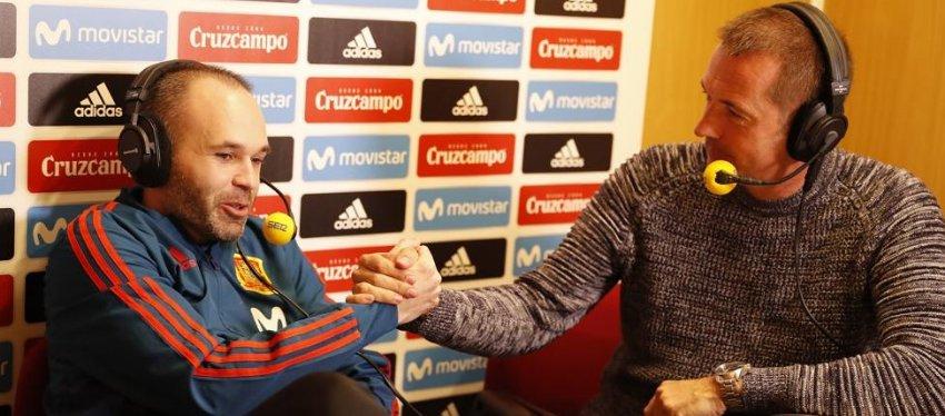 Iniesta, anoche en 'El Larguero'. Foto: Mundo Deportivo.
