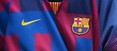 Nike pone a la venta la original camiseta 'collage' del FC Barcelona