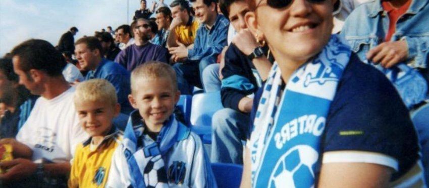 Griezmann (a la izquierda) con la camiseta del Olympique de Marsella. Foto: Twitter.
