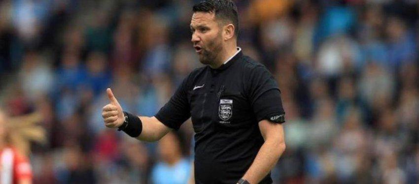 McNamara, el árbitro implicado.