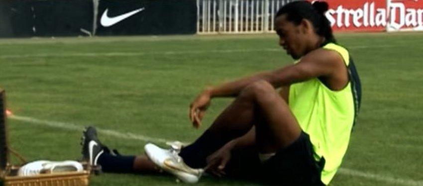 Ronaldinho, magia pura. Foto: Youtube.